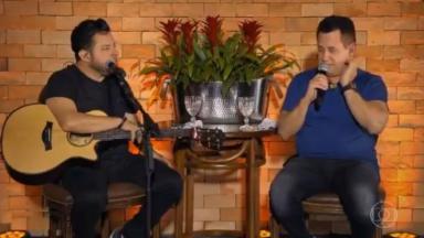 A dupla Bruno e Marrone durante o Conversa com Bial