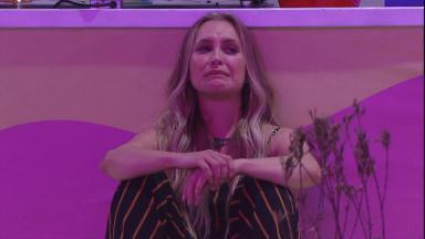 Carla Diaz chorando no BBB21