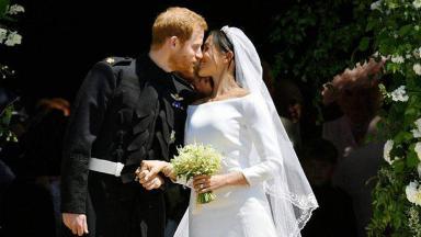 casamento-harry-beijo_ff6fea688f5ec7e03e7f55698934979e6d44c49a.jpeg