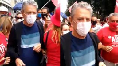 Chico Buarque completa 77 anos em protesto com Jair Bolsonaro