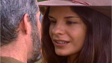 Helena Ranaldi em cena da novela Laços de Família, em reprise na Globo