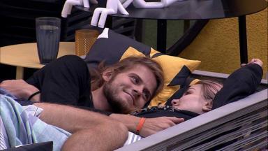 Daniel e Marcela durante o reality show BBB20