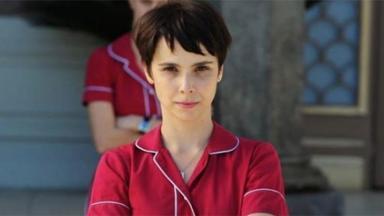 Débora Falabella como Nina