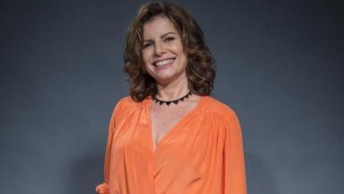 A atriz Débora Bloch