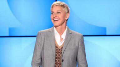 Ellen DeGeneres sorrindo