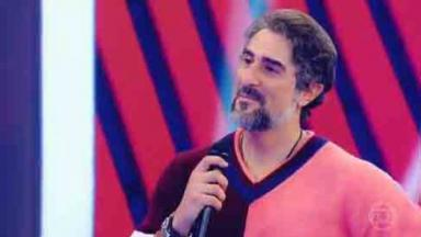 Marcos Mion no Caldeirão emocionado