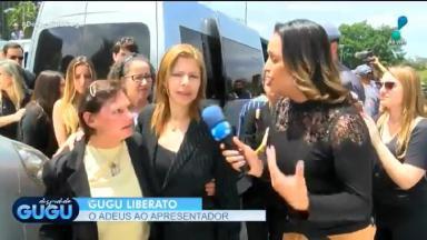 Esposa de Gugu sendo entrevistada pela repórter da RedeTV!