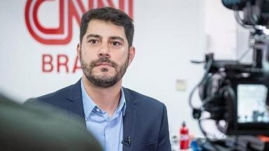 Estreia de Evaristo Costa na CNN Brasil foi adiada por pandemia do coronavírus