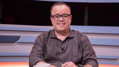 Desempenho de Everaldo Marques à frente da transmissão de Fórmula 1 na Globo recebeu elogios na web