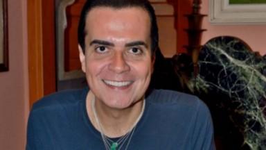 Fábio Arruda sorrindo