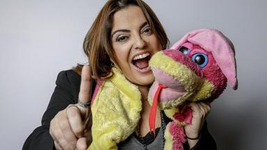 Fabíola Reipert leva a Record à liderança com A Hora da Venenosa