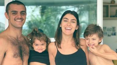 Felipe Simas, esposa e filhos