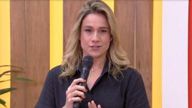 Fernanda Gentil no estúdio do Se Joga