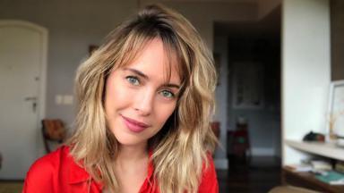 Fernanda Nobre de cabelo repicado