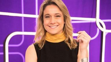 Fernanda Gentil posa para foto