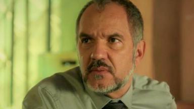 O ator Humberto Martins em Totalmente Demais