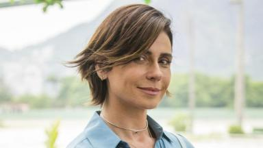Giovanna Antonelli em cena como Lívia na série Filhas de Eva, do Globoplay