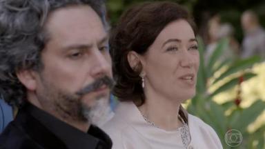 Cena de Império com José Alfredo e Maria Marta lado a lado