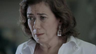 Maria Marta assustada após descoberta de segredo