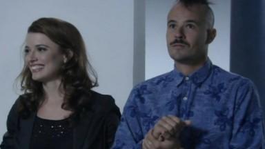 Salvador e Helena de mãos dadas