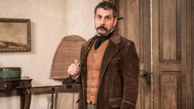 Alexandre Nero como vilão Tonico em Nos Tempos do Imperador
