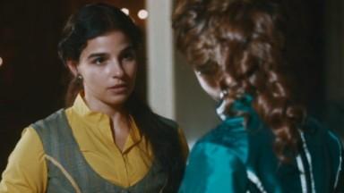 Cena de Nos Tempos do Imperador com Pilar olhando para Luisa
