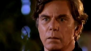 Reginaldo Faria como Leônidas em O Clone