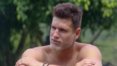 Guilherme Leão durante o reality show A Fazenda 2019