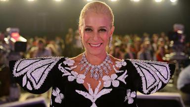 Andrea Beltrão em Hebe, minissérie da Globo