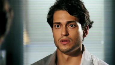 Raphael Vianna em Flor do Caribe como Hélio