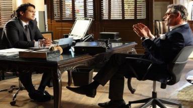 Hélio e Duque conversam no escritório do Grupo Albuquerque