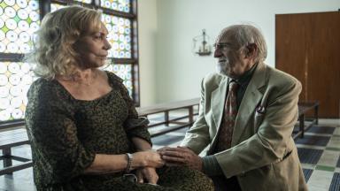 Arlete Salles e Ary Fontoura em cena de Sob Pressão