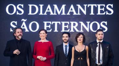 Império com família de José Alfredo em noite de gala