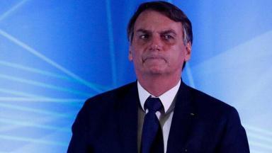 Jair Bolsonaro sério