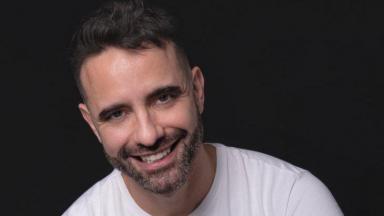 Jerônimo Martins posa sorrindo