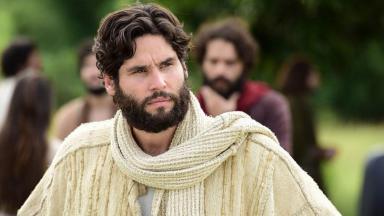 Dudu Azevedo como Jesus