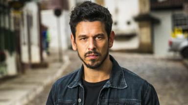O ator João Vicente de Castro