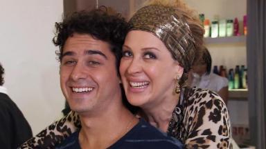 André Arteche e Claudia Raia em cena da novela Ti Ti Ti, em reprise na Globo