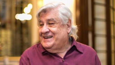 Lauro César Muniz sorrindo