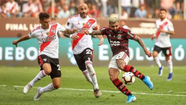 Jogo entre River Plate e Flamengo