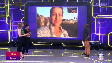 """Luana Piovani no telão do """"Se Joga"""", enquanto Fernanda Gentil, Fabiana Karla e Érico Brás, no palco, conversam com ela."""