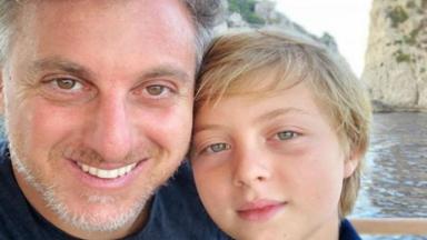 Luciano Huck e filho Benito