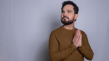 O cantor Luciano Camargo