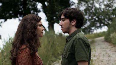 Rita e Tadeu conversando