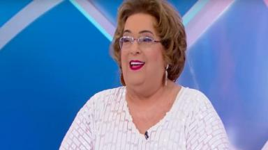 A apresentadora Mamma Bruschetta faltou a festa do Fofocalizando e deixou um recado para os colegas. Confira