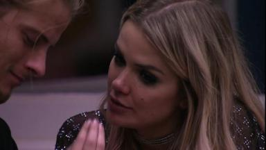 Marcela e Daniel durante o reality show BBB20