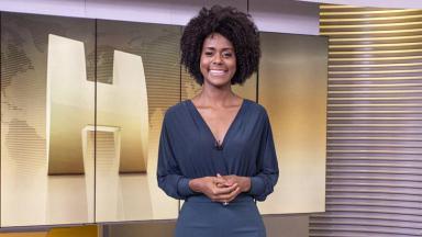 Maria Júlia Coutinho no estúdio do Jornal Hoje