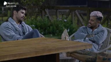 Mariano e Lipe Ribeiro conversando