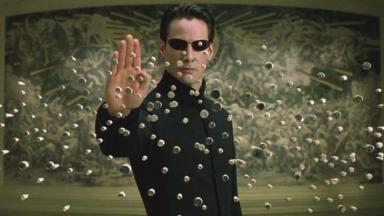Keanu Reeves é Neo em Matrix