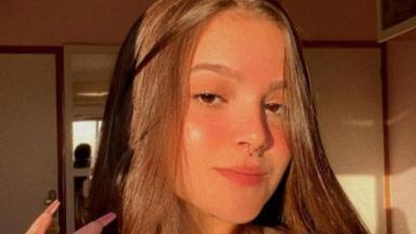 Mel Maia mostrando cabelo no instagram